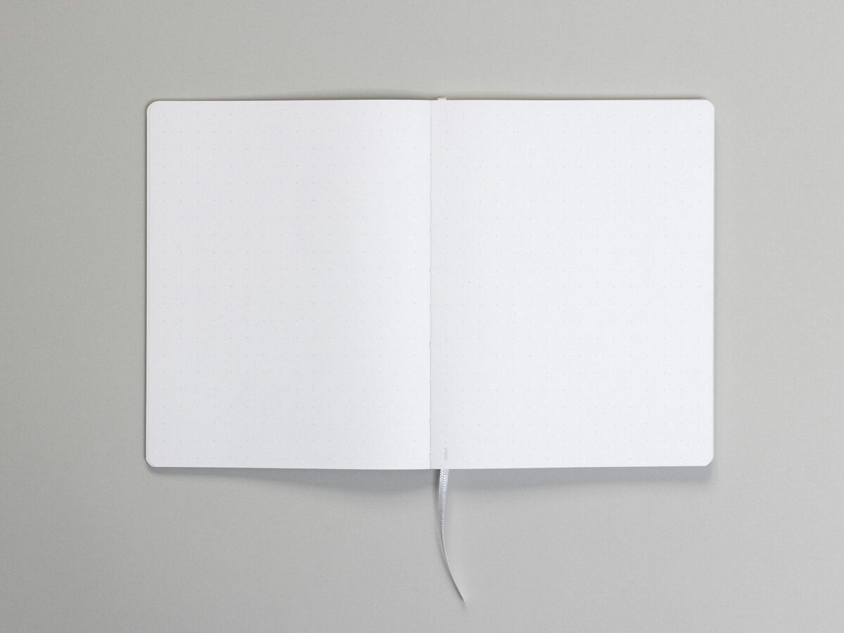 voala_RAW_Book_Black